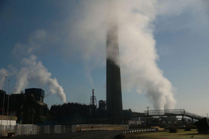 """Greenpeace: """"Frente a la emergencia climática que enfrentamos, los temas medioambientales deben ser protagonistas del discurso"""""""