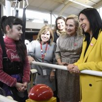 """Primera Dama de Ecuador: """"Debemos apoyar el trabajo con las madres cuidadoras"""""""