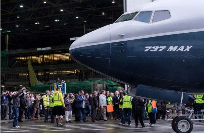 Boeing 737 Max: ¿qué ocurrió dentro de la cabina de los aviones que se accidentaron en Etiopía e Indonesia?
