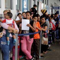 Crisis de Venezuela: en qué consiste la visa humanitaria que pide Perú a los venezolanos y por qué genera polémica