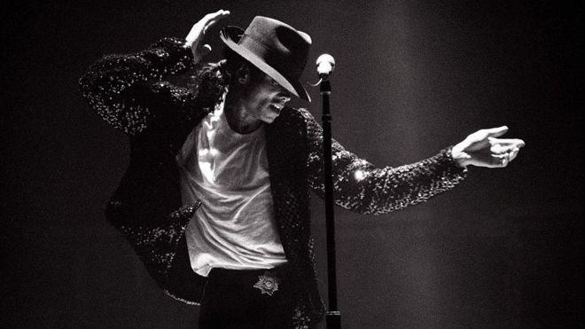 """Diez años de la muerte de Michael Jackson: """"Siempre será el rey del pop y siempre habrá una sombra de sospechas sobre él"""""""