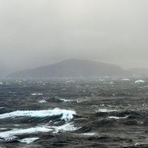 Salmoneras en el sur de Chile: el conflicto ambiental que Piñera omitió en la Cuenta Pública