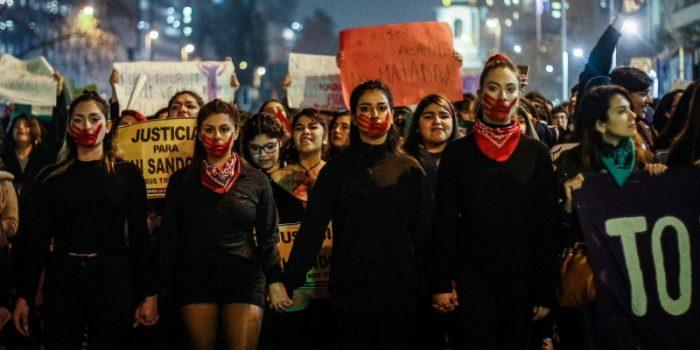 """""""Una cuenta que no nos cuenta"""": la respuesta feminista a la Cuenta Pública de Sebastián Piñera"""