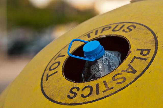 Financiamiento sustentable: iniciativa invita a reciclar para concretar giras de estudio