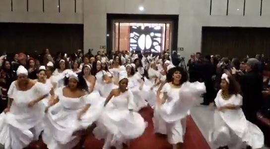 Afroariqueños presentaron espectacular muestra de danza en el Congreso tras reconocimiento como pueblo tribal