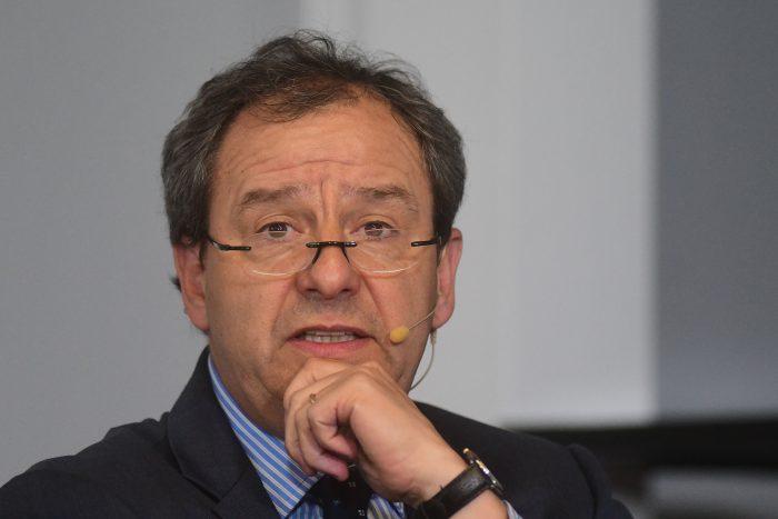 Reaparece Gerardo Varela con crítica velada a la falta de diálogo del Mineduc con Colegio de Profesores