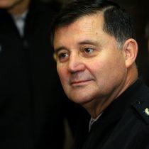 Comandante en Jefe del Ejército declinó referirse a situación del general (r) Oviedo: