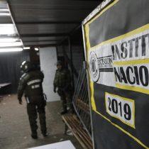 Duró horas: Carabineros desaloja en tiempo récord el Instituto Nacional