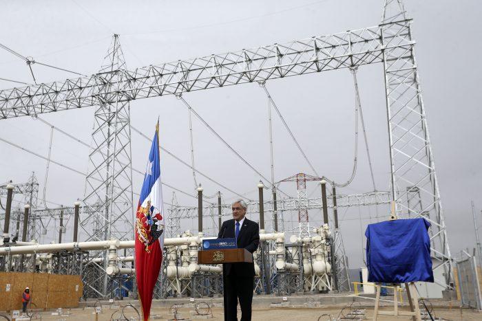 Piñera inaugura línea de transmisión que fortalece sistema eléctrico de Chile