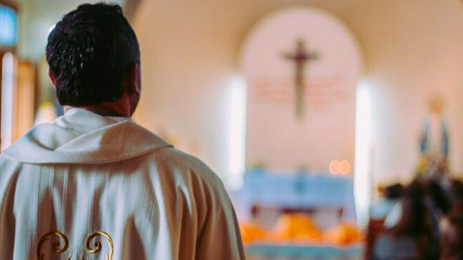Se hunde la Iglesia ¿se hunde?