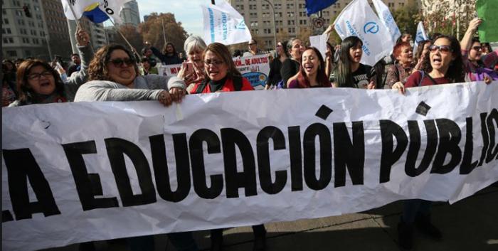 El derrumbe de la educación pública