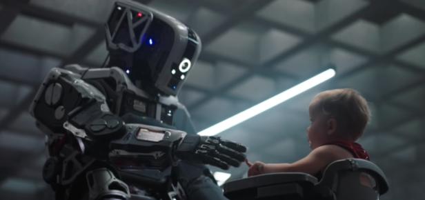 «I Am Mother»: el terror de que un robot pueda suplantar a una madre