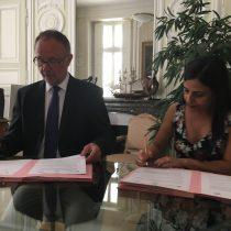 Museo de la Educación Gabriela Mistral firma convenio con su par de Historia Natural de Francia