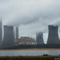 Trump revoca el plan de Obama para reducir emisión de centrales térmicas