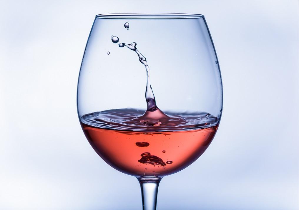 El crecimiento de consumo del vino rosé… ¿cómo consumirlo?