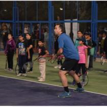Fernando González inaugura cancha de tenis municipal en el oasis de Pica