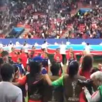 Emocionante entonación del himno nacional en el Mundial femenino