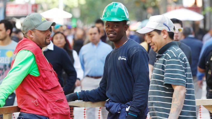 Inmigrantes impulsan positivamente a la economía nacional