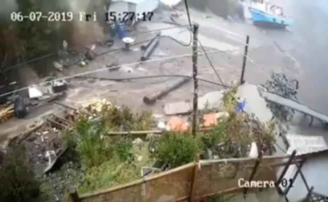 Se divulgan impactantes imágenes de alud en Isla Llancahue
