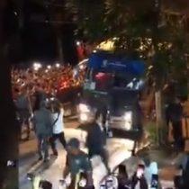 Hinchas chilenos protagonizaron espectacular arenga en Sao Paulo previo al partido de la Roja contra Japón