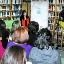 Destacados poetas participarán en jornada de poesía en Café Literario Santa Isabel de Providencia