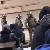 Carabineros irrumpieron en el Instituto Nacional en pleno desarrollo de clases