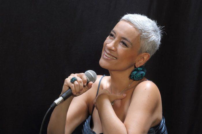 Cantante Carmen Prieto en Chilepianos
