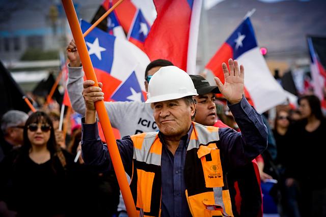 """Codelco mejora planes de egreso y salud en nueva oferta a trabajadores en huelga: """"Este es el máximo esfuerzo"""""""