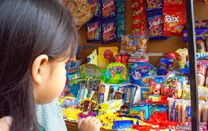 ¿Los quioscos escolares se adaptaron a la Ley de Etiquetado de Alimentos?