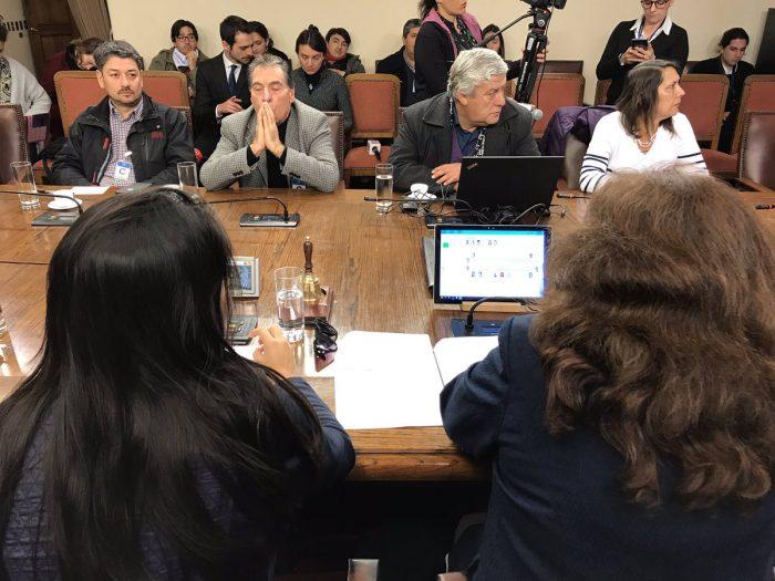 """Paro de profesores: Ministra Cubillos dejó """"plantada"""" a la Comisión de Educación convocada para buscar una salida al conflicto"""