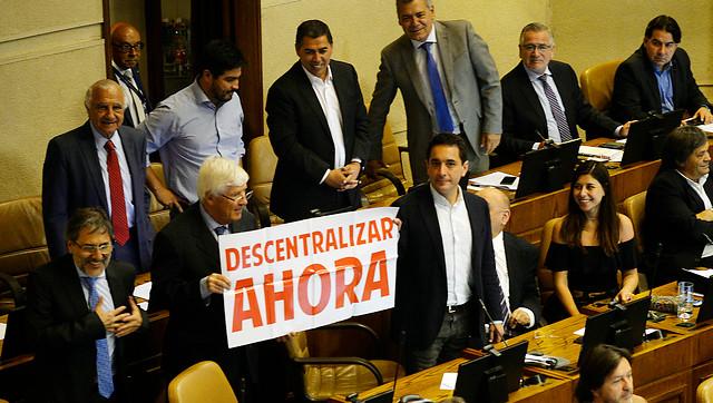 Gobernadores de cartón: los nudos no resueltos para la elección de autoridades regionales