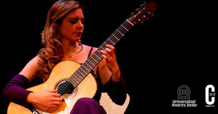 """Concierto """"La Guitarra de España"""" con Mabel Millán en Casona de las Condes, UNAB"""