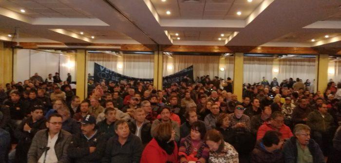 """Huelga en Chuquicamata amenaza con extenderse: dirigentes califican como """"aberrante"""" y una """"burla"""" última oferta de Codelco"""
