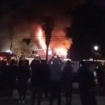 Gran incendio afectó a la Municipalidad de Maule causando daños totales en histórico edificio