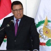 De un infarto fallece el ministro de Defensa peruanoen pleno viaje de trabajo