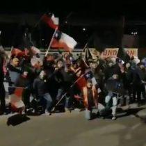 Con banderas y petardos: así comenzó la huelga en Chuquicamata