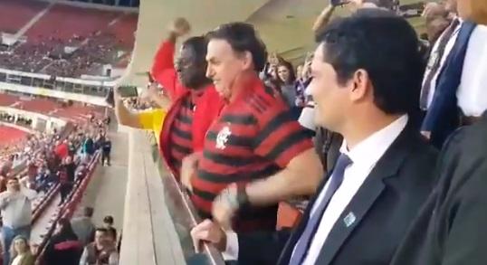 Bolsonaro y Moro asisten a partido del Flamengo en medio de las acusaciones de manipulación en la investigación de Lava Jato en contra de Lula da Silva