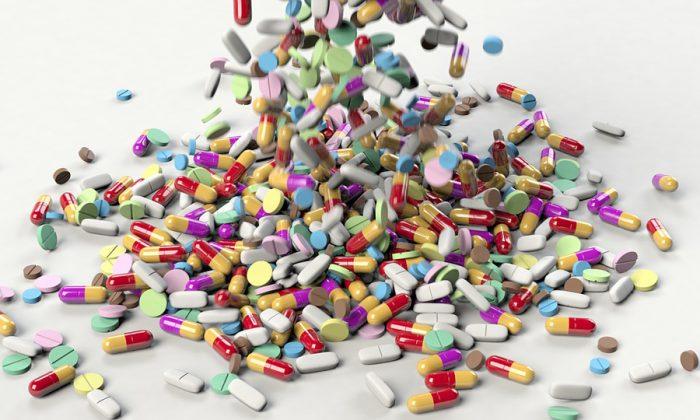 Uso desmedido de antibióticos podría provocar desde conjuntivitis a cegueras