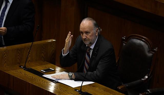 Ministro de Minería asegura que el bajo precio del cobre era