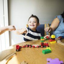 Capacitarán a docentes municipales para trabajar con alumnos con síndrome de Down