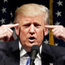Desempleo en EE.UU. se dispara del 4 al 14 por ciento pero Trump dice que no le sorprende
