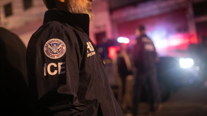 EE.UU. anuncia un nuevo sistema de deportaciones exprés para expulsar inmigrantes sin pasar por los tribunales