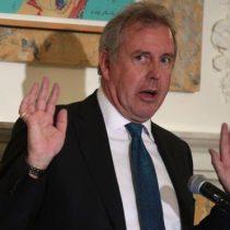 Renuncia el embajador británico que calificó al gobierno de Trump de