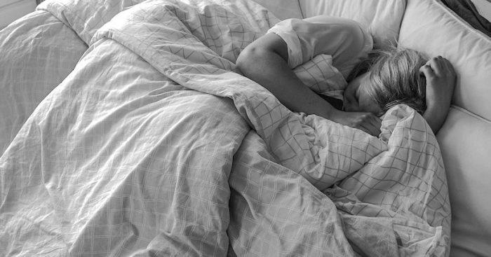 Científicos chilenos estudian trastorno del sueño REM como antecedente de la Enfermedad de Párkinson