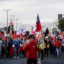 Indignados: Trabajadores de Codelco reaccionan a los cerca de 200 despidos