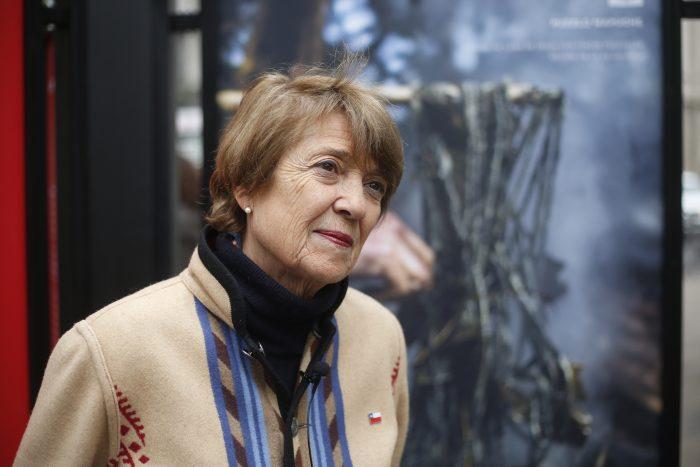 "Ministra Valdés por monumento al MIR: ""No tramitar este acuerdo significa caer en notable abandono de deberes"""