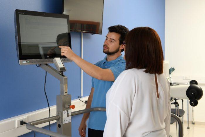 Centro chileno aporta nueva información sobre pacientes con Parkinson en Chile