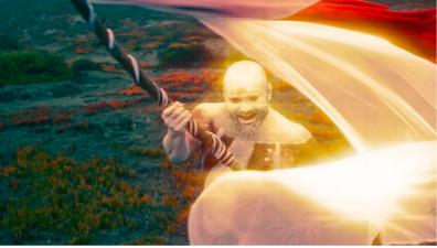 """""""Fénix"""" de Yerko el Mago: un videoclip inspirado en el cine de Alejandro Jodorowsky"""