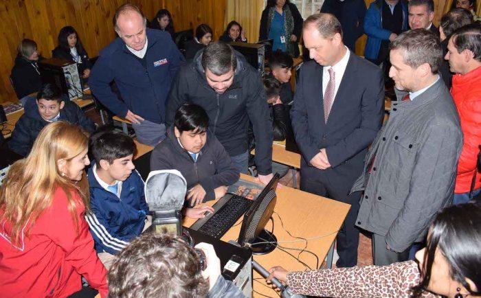Habitantes de la comuna de Ercilla tendrán por primera vez conexión a internet de alta velocidad