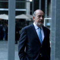 Tribunal cambia prisión preventiva por arresto domiciliario a exdirector de finanzas procesado por el fraude en Carabineros